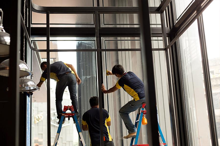 Window-tint-installation